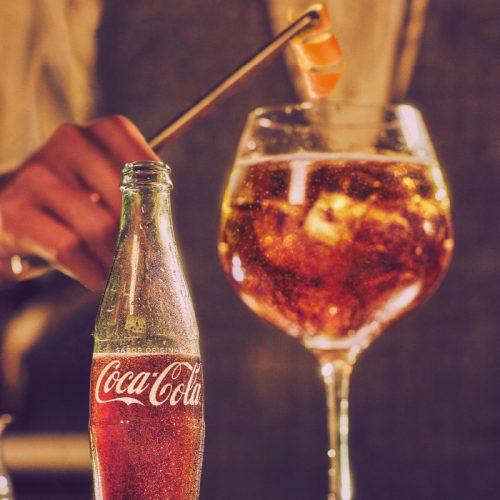 Combina, brinda y disfruta del TARDEO con Coca-Cola Mix
